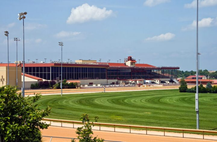 Charles-Town-Races-Hollywood-Casino