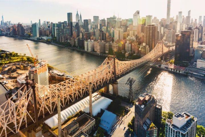 new york city skyline from queens bridge