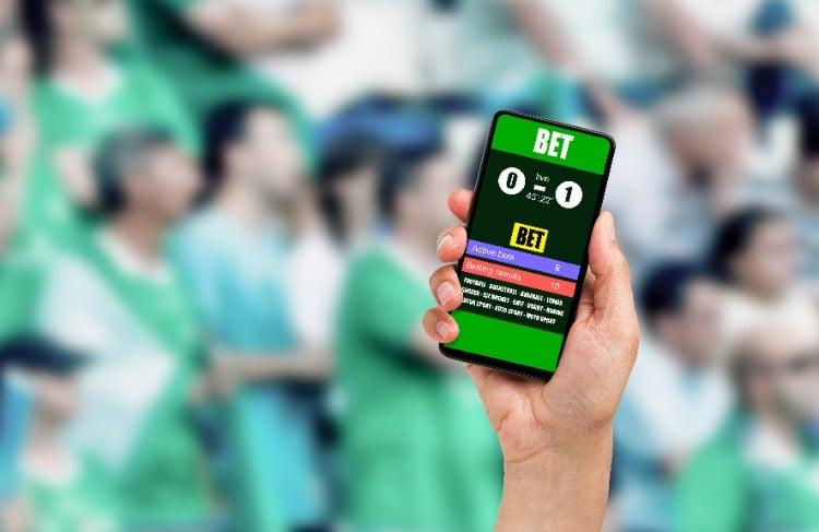 digital-sports-betting-phone